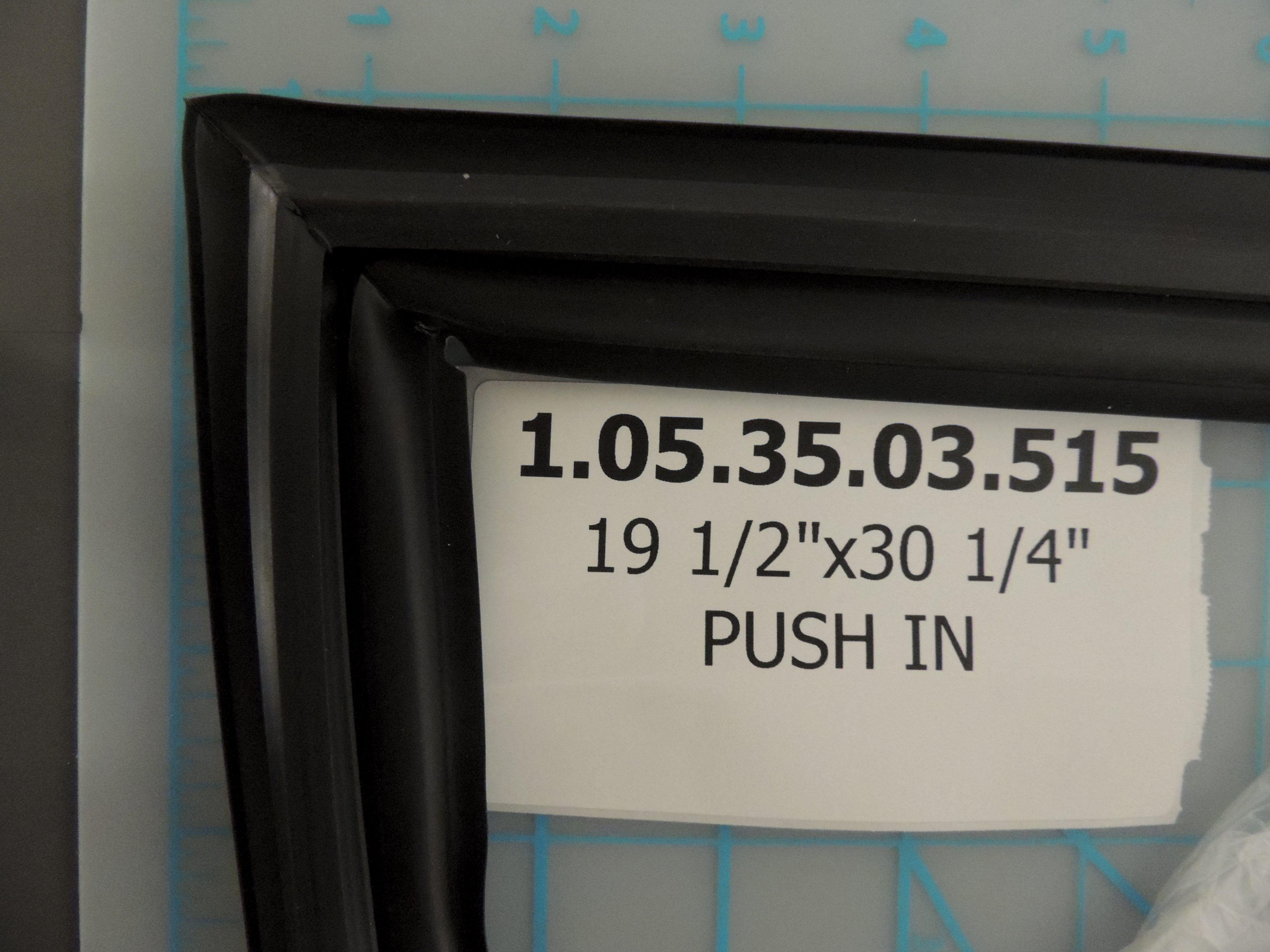 BC122 DOOR GASKET BLACK PUSH