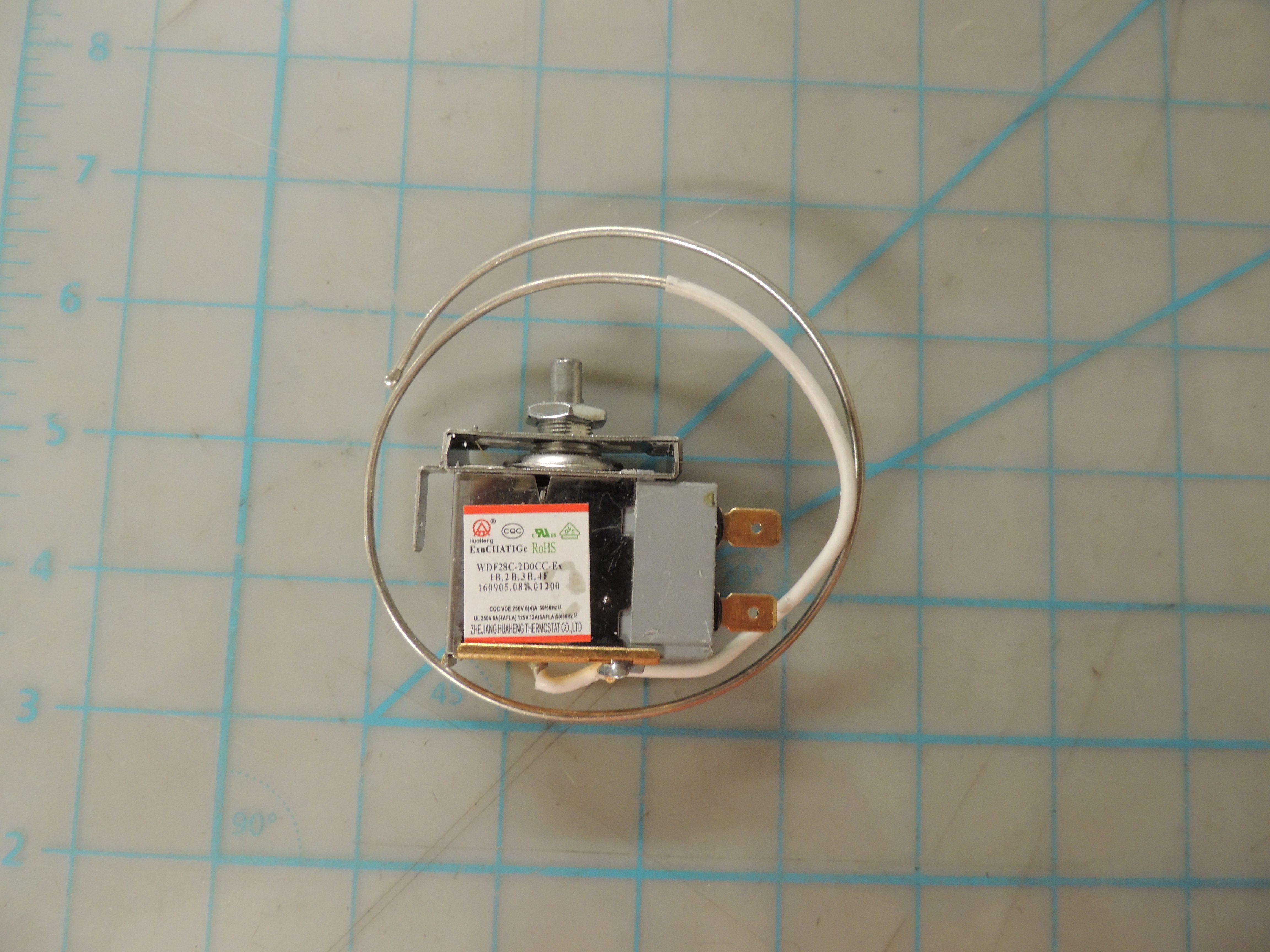 Thermostat assembly